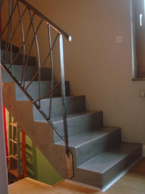 R Novation D 39 Un Escalier En B Ton Avec Finition En B Ton Cir