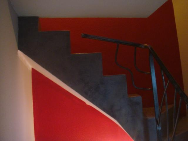 Rénovation d'un escalier en béton avec finition en Béton ciré